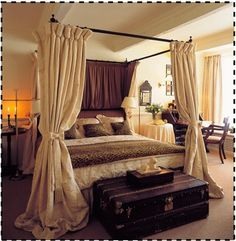 i want a canopy bed soo badly! :)