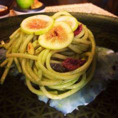 Spaghettoni scarola ripassata, fichi e carpaccio di baccalà - ricetta inserita da Fabrizio Pugliese