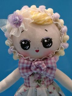 Pose/Bunka Doll, She is Momoko