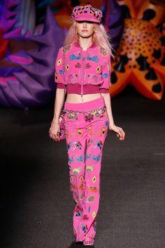 Moschino Spring 2017 Menswear Fashion Show - Charlotte Free