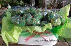 Cake Pops_grass and ladybug_by Eleftheria Tarrou
