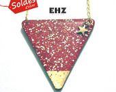 3ème Démarque SOLDES Triangle collier rock géométrique Les merveilleux rouge profond : Collier par ehz
