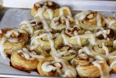 Recipe : Apple Dumpling Cinnamon Rolls