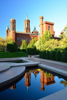 Smithsonian Castle, Washington.