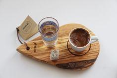 Zeytin ağacından kahve sunum tahtası...- Turkish coffee set made from olive tree in Ayvalık, TURKEY