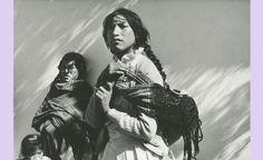 Mazahua women, by Mariana Yampolsky, 1989.