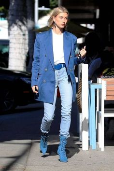 Hailey Bieber: Loving that oversized blazer/jeans combination! Go to tillysveaas.co.uk to just add some silver or gold fine or chunky jewellery...