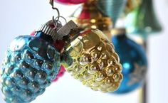 Vintage-Christmas Tree-Ornaments-Glass 1930s-1940 Collectibles