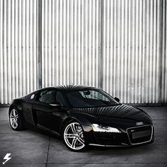 audi_R8...finally found it in black <3 <3 <3