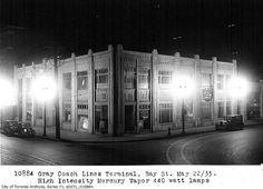 Toronto Bus Terminal, Bay Street, Toronto, Ontario, May 25, 1935. #vintage #Canada #1930s #streets