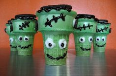I've loved the ice cream cone cupcakes since elementary school when I first had them!!! --halloween cupcakes