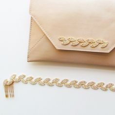 fabulous vancouver wedding It's all about the details | Gilded Ivy Headband & Gilded Ivy Loveletter Leather Clutch  #vancouverwedding #vancouverwedding