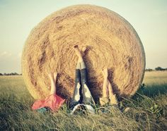 hay bale photo ideas!