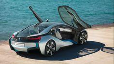 BMW i8: cuenta atrás para el deportivo híbrido. http://www.autopista.es/novedades-coches/articulo/bmw-i8-salon-automovil-frankfurt-95472