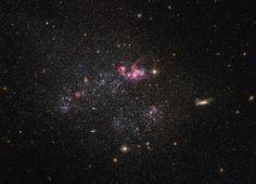 Hubble Image of the Week – A Distinctly Disorganized Dwarf Galaxy