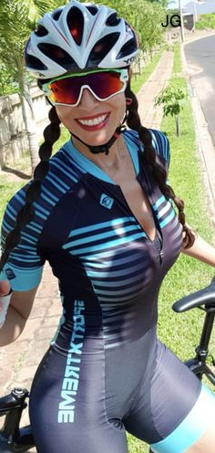 Outrageously sexy bicycle babe – Cycling and road bike Outrageously sexy bicycle babe Outrageously sexy bicycle babe Women's Cycling, Cycling Girls, Cycling Outfit, Road Bike Women, Bicycle Women, Bicycle Girl, Bicycle Race, Triathlon, Outfits Damen
