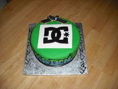 Sprinklebelle Cakes: DC Cake