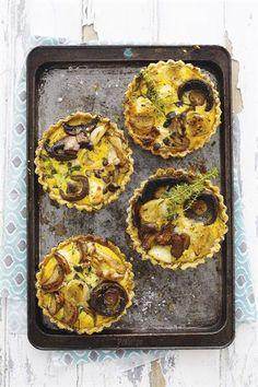 Die geheim van 'n lekker quiche? Quiches, African Bread Recipe, My Favorite Food, Favorite Recipes, Thanksgiving Snacks, Tasty Chocolate Cake, Good Food, Yummy Food, Savory Tart