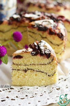 Полосатый бисквит со сливами - кулинарный рецепт