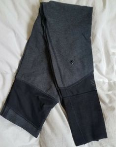 LULULEMON Hi Waist Cotton Tights Gray and black Mesh inlays Raglan ankles 4 EUC   Clothing, Shoes & Accessories, Women's Clothing, Athletic Apparel   eBay!