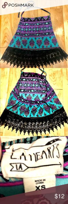 LA Hearts Summer top size XS Beautiful colors & great for the summer! Can be worn with jeans, shorts & cute sandals 💜 the black lace detailing is gorgeous and adds a pop to the top! La Hearts Tops Crop Tops
