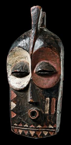 Africa Mask kolyulyu from the Bembe people of DR Congo Wood, brown patina, painted in red and white Afrique Art, African Sculptures, Art Premier, Soul Art, Masks Art, African Masks, Indigenous Art, Tribal Art, Art Auction