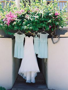 Dresses: http://www.stylemepretty.com/little-black-book-blog/2014/10/03/sunshine-soaked-maui-beach-wedding/ | Photography: Wendy Laurel - http://www.wendylaurel.com/