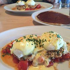 """Epic breakfast at @fenwicks300: salmon Benedict and #glutenfree quinoa pancake with @madelineadams #paleo #primal #psuedograin"" Photo taken by @grassfedgirl on Instagram, pinned via the InstaPin iOS App! http://www.instapinapp.com (03/16/2015)"