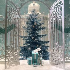 """TIFFANY'S & CO.,New York, """"Once upon a time...."""", close-up, pinned by Ton van der Veer"""