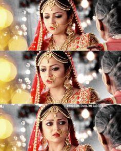 The most beautiful bride in Indian television . Drashti Dhami aka Naina from pardesmeinhaimeradil Cute Girl Pic, Cute Girls, Drashti Dhami, Bridal Photoshoot, Star Girl, Tv Actors, Bridal Lehenga, Celebs, Celebrities