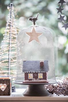 Christmas United, Cosy Cabin Granny's House Christmas Kitchen, Cottage Style, Winter Wonderland, Cosy, Gingerbread, Color Schemes, Seasons, Holiday Decor, Cabin