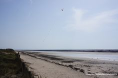 Bretteville-Sur-Ay, 30 mars 2014 #Cotentin #Manche Mars, Beach, Outdoor, The Sea, Sleeve, Outdoors, March, Seaside, Outdoor Games