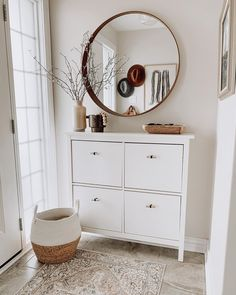 Likes, 105 Comments - Lauren Elizabeth Hallway Decorating, Entryway Decor, Interior Decorating, Entryway Shoe Storage, Interior Stairs, Interior And Exterior, Condo Living, Living Room Decor, Cozy House