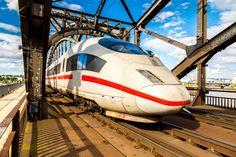 Seit den frühen Morgenstunden ist es wieder soweit: Der Personenverkehr der deutschen Bahn wird durch die GDL bestreikt. Wir zeigen Ihnen, was Sie als Arbeitnehmer zum Bahnstreik wissen müssen...