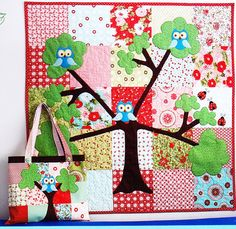 Items similar to PATTERN - Woodland Magic - fun pieced and applique quilt PATTERN - Natalie Ross in Stitches on Etsy Owl Quilt Pattern, Applique Quilt Patterns, Owl Patterns, Sewing Patterns, Owl Baby Quilts, Owl Bedding, Felt Owls, Animal Quilts, Baby Crafts