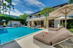 Villa Jajaliluna -Geria Bali #beautifuldestination #bali #geriabali #luxuryworldtraveler #hgtv #travel #destinosmaravilhososbyeli #tbt #balibible #balibucketlist #ootd #vscom #travellerworld #balidaily #holiday #honeymoon #vacation #indonesian #theluxurylifestylemagazine