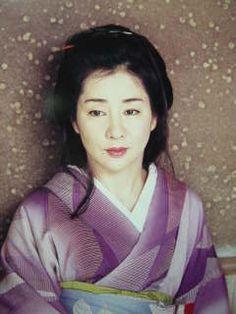 吉永小百合 Beautiful Asian Girls, Beautiful Men, Beautiful People, Japanese Beauty, Asian Beauty, Nihon, Beautiful Actresses, Traditional Outfits, View Photos