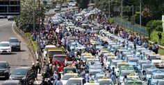 'Tidak Masuk Akal Jika Pemerintah Bunuh Transportasi Berbasis Online' - Harian Luwak