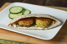Chickpea & Split Pea Falafels: The traditional falafel gets an extra protein and flavor boost with the addition of yellow split peas. Pea Recipes, Real Food Recipes, Cooking Recipes, Healthy Recipes, Green Split Peas, Stuffed Hot Peppers, Meatless Monday, A Food
