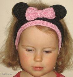 Minnie mouse headband.