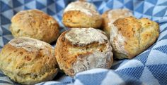 Sonntags Nachmittag und kein Brot im Haus - Was tun? Einfach selber backen! Mit diesem Rezept gelingt es bestimmt...