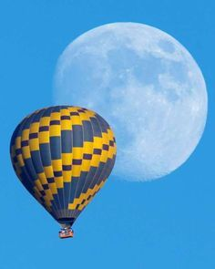 A hot-air balloon floats past an almost full rising moon on a warm autumn evening in 2014 near Encinitas, California. Photograph by Mike Blake / Reuters Balloon Glow, Air Balloon Rides, Hot Air Balloon, Balloons, Moon Balloon, Most Popular Instagram, Like Instagram, Instagram Images, Moon Images
