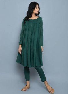 Emerald Green Cotton Kedia Style Kurta with Pants - Set of 2 Pakistani Dresses Casual, Spring Dresses Casual, Trendy Dresses, Simple Dresses, Fashion Dresses, Dress Casual, Dress Summer, Kurta Designs, Indian Fashion