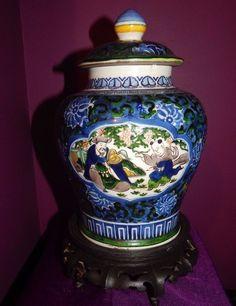 ANTIQUE VASE PORCELAIN CHINESE OLD Wooden Stand FAMILLE VERTE BLUE WHITE Kangxi