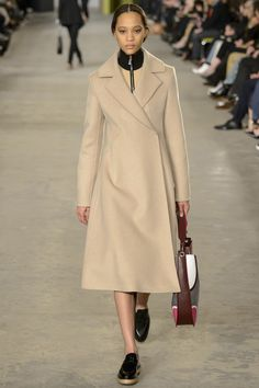http://www.vogue.com/fashion-shows/fall-2016-ready-to-wear/hugo-boss/slideshow/collection