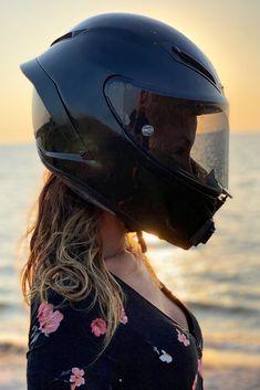 Beautiful Biker Girl Wearing Her AGV Motorcycle Helmet in Sunset Motorcycle Wear, Womens Motorcycle Helmets, Agv Helmets, Riding Helmets, Bike Couple, Dirt Bike Girl, Biker Girl, Hey Girl, Girls Wear