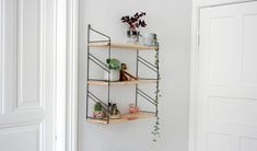 Interior Inspiration - Kay Bojesen Affe, String Regal, Urban Jungle www.mintundmeer.de instagram @mintundmeer