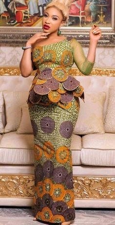 Fabulous Ankara Styles With Extra Details Make You Look Fab Latest African Fashion Dresses, African Dresses For Women, African Print Fashion, African Attire, Ankara Fashion, African Outfits, African Prints, African Hair, African Fabric