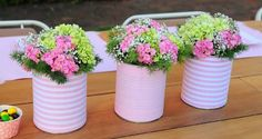 tin-can-craft-ideas-diy-purple-flower-decorated-garden-table-centerpiece-vases