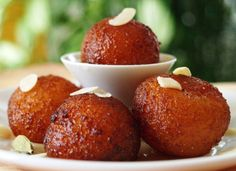 Many famous Indian desserts are the prime attractions in Indian cuisine. Try out these 7 mouth-watering Indian desserts which are famous in India: Indian Desserts, Indian Sweets, Indian Food Recipes, Ethnic Recipes, Indian Wedding Food, Wedding Food Menu, Beignet Mardi Gras, Gulab Jamun, Jamun Recipe